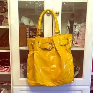 Handbags - Yellow patent leather shoulder bag